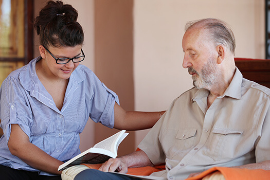 5 Activities to Engage Elderly with Parkinson's in Anchorage, AK